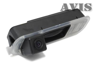 CCD штатная камера заднего вида AVIS AVS321CPR для FORD FOCUS III (2011-...) (#015), интегрированная с ручкой багажника камера заднего вида avis avs321cpr 015 для focus iii 2011 2016 интегрированная с ручкой багажника