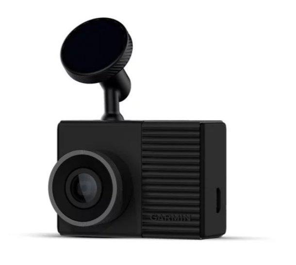 Видеорегистратор Garmin Dash Cam 46 (+ Разветвитель в подарок!).
