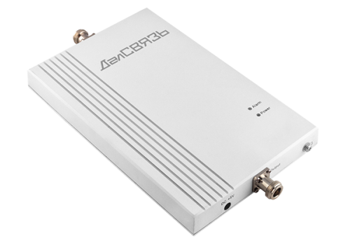 Репитер для усиления 3G интернета ДалСВЯЗЬ DS-2100-20