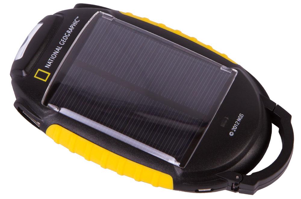 Зарядное устройство Bresser National Geographic 4-в-1 на солнечных батареях