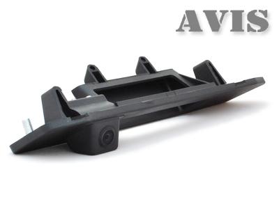 CCD штатная камера заднего вида AVIS AVS321CPR для MERCEDES ML W166 (2011-...) (#130), интегрированная с ручкой багажника