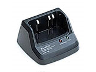 Зарядное устройство Yaesu CD-15A автомобильное зарядное устройство для раций yaesu e dc 5b