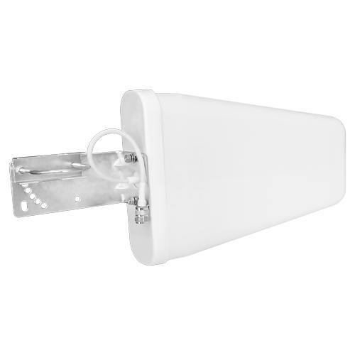 Антенна DL-800/2700-8Антенны GSM<br>Направленная всепогодная антенна GSM900/GSM1800/3G UMTS/Wi-Fi, усиление 8 дБ