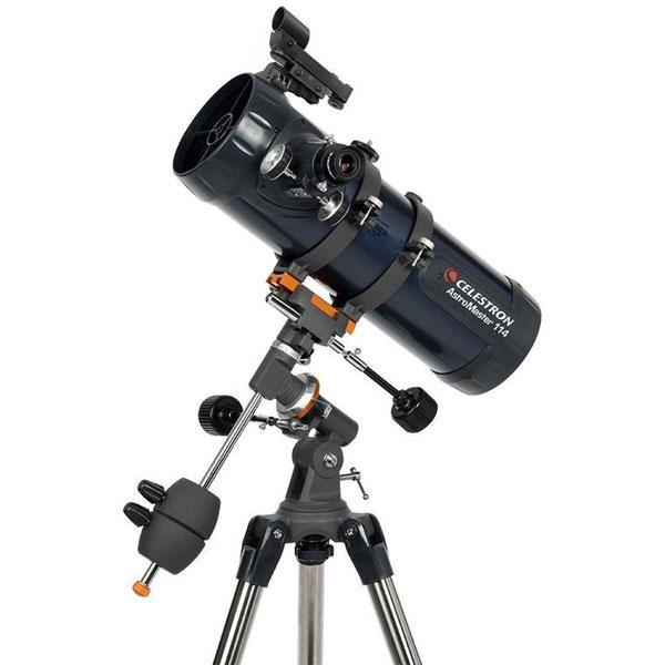 лучшая цена Телескоп Celestron АstroMaster 114 EQ (+ Книга знаний «Космос. Непустая пустота» в подарок!)