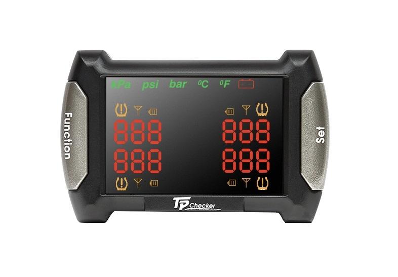 Система контроля давления и температуры в шинах Carax TPMS CRX-1010N (+ Автомобильные коврики для впитывания влаги в подарок!)