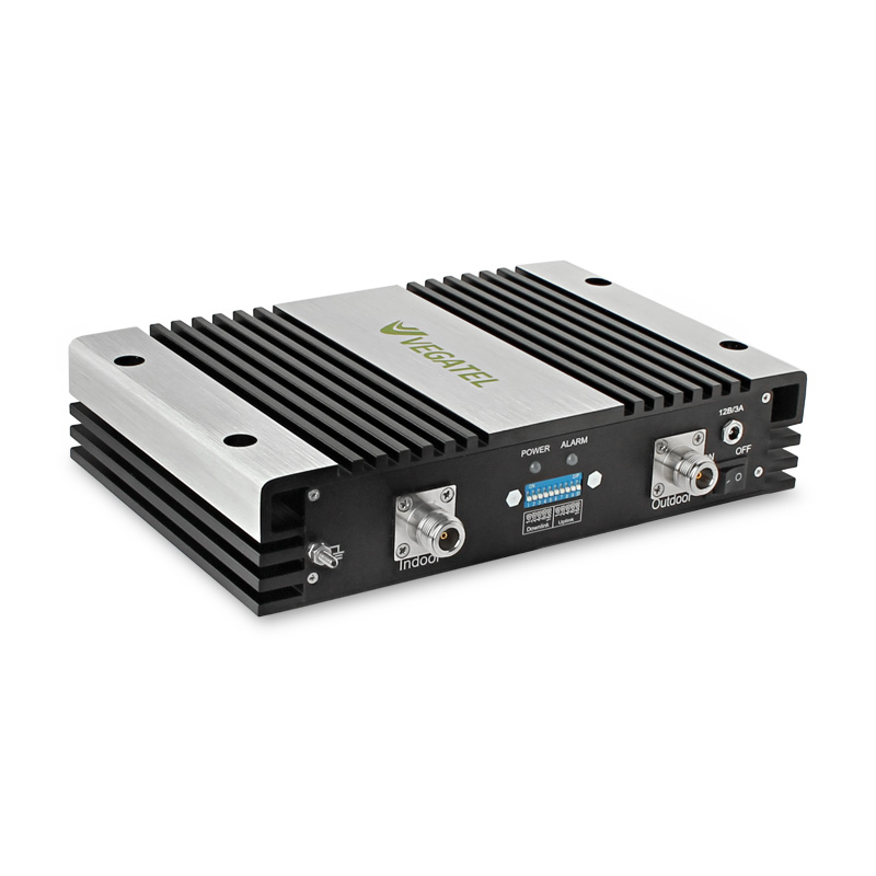 Бустер VEGATEL VTL30-1800Бустеры<br>Бустер VEGATEL VTL30-1800<br>Одним из эффективных решений вышеописанных проблем – установить после репитера бустер VEGATEL VTL30-1800, который позволяет восполнить потери мощности в кабеле или повторно усилить ослабленный сигнал на выходе из репитера.