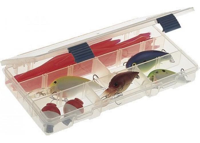 Коробка для приманок Plano 2-3500-00Коробки<br>Коробка с изменяемыми ячейками и удобным промежуточным размером.<br><br>Хорошая вместительность при малых размерах.<br>Ударопрочный пластик, коробку можно использовать универсально.<br>С помощью четырех разделителей можно создать от 5 до 9 ячеек.<br>Габариты: 232х127х32 мм.