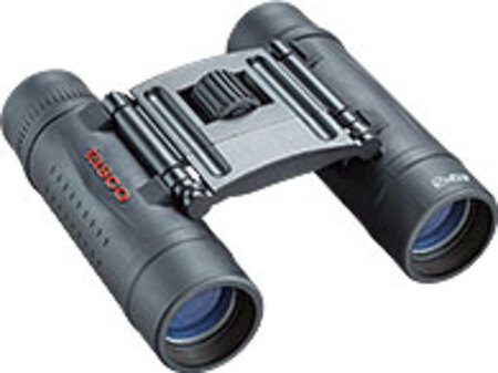 Фото - Бинокль TASCO ESSENTIAL 12x25 (+ Автомобильные коврики для впитывания влаги в подарок!) бинокль tasco 10x25 essentials