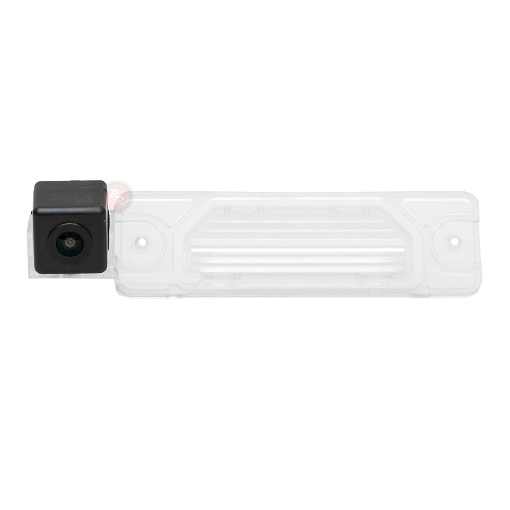 Штатная видеокамера парковки Redpower REN163P Premium для Renault KoleosRenault<br>Штатная видеокамера парковки Redpower REN163P Premium это простое решение для требовательных водителей, которое позволяет видеть, что находится в мертвой зоне позади вашего автомобиля.<br>Камера устанавливается на место плафона подсветки номерного знака.<br>Для лучшего качества картинки используется светочувствительный сенсор матрицы, также возможно использование IR диодов на кубике камеры.