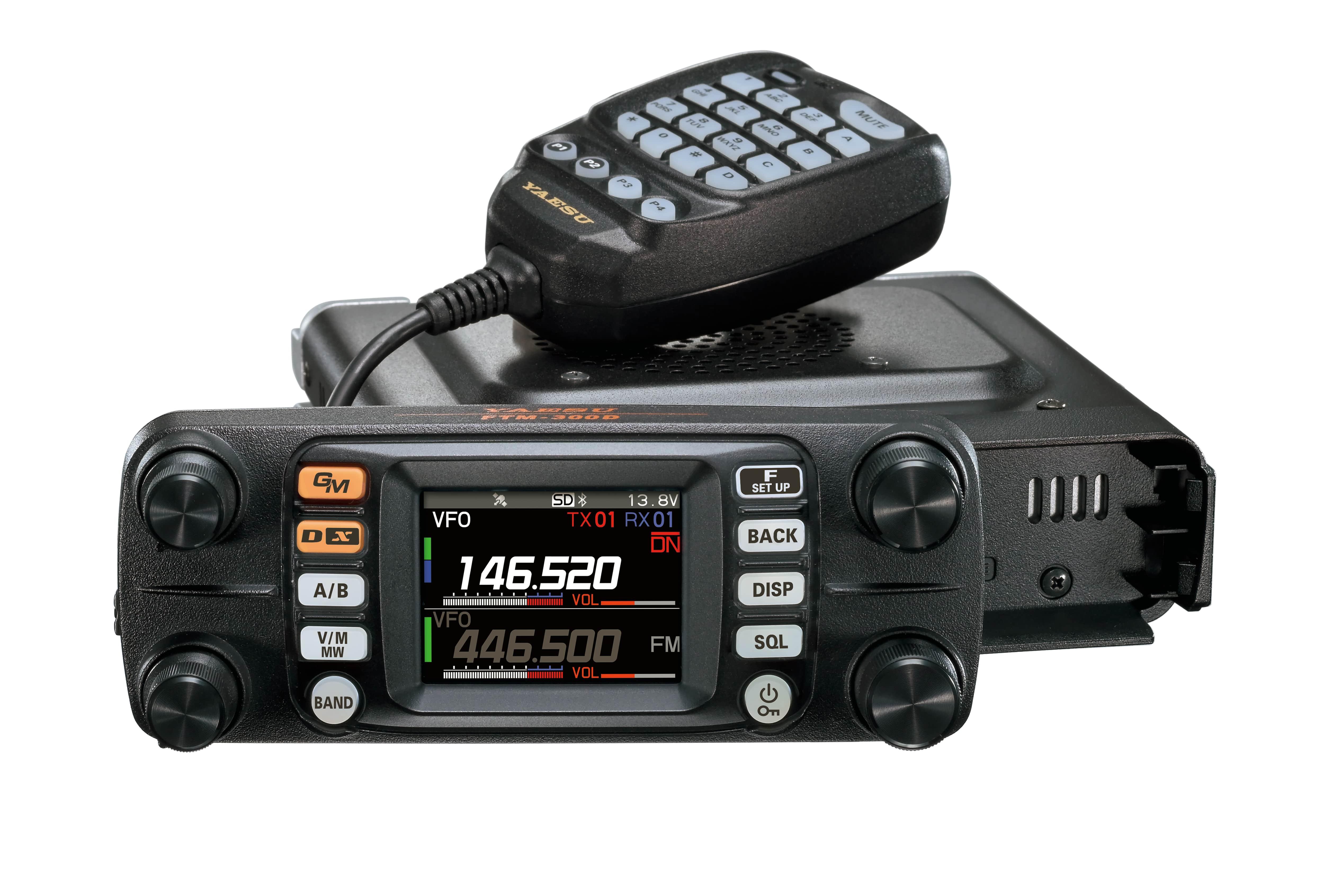 Двухдиапазонный цифровой мобильный трансивер Yaesu FTM-300DR