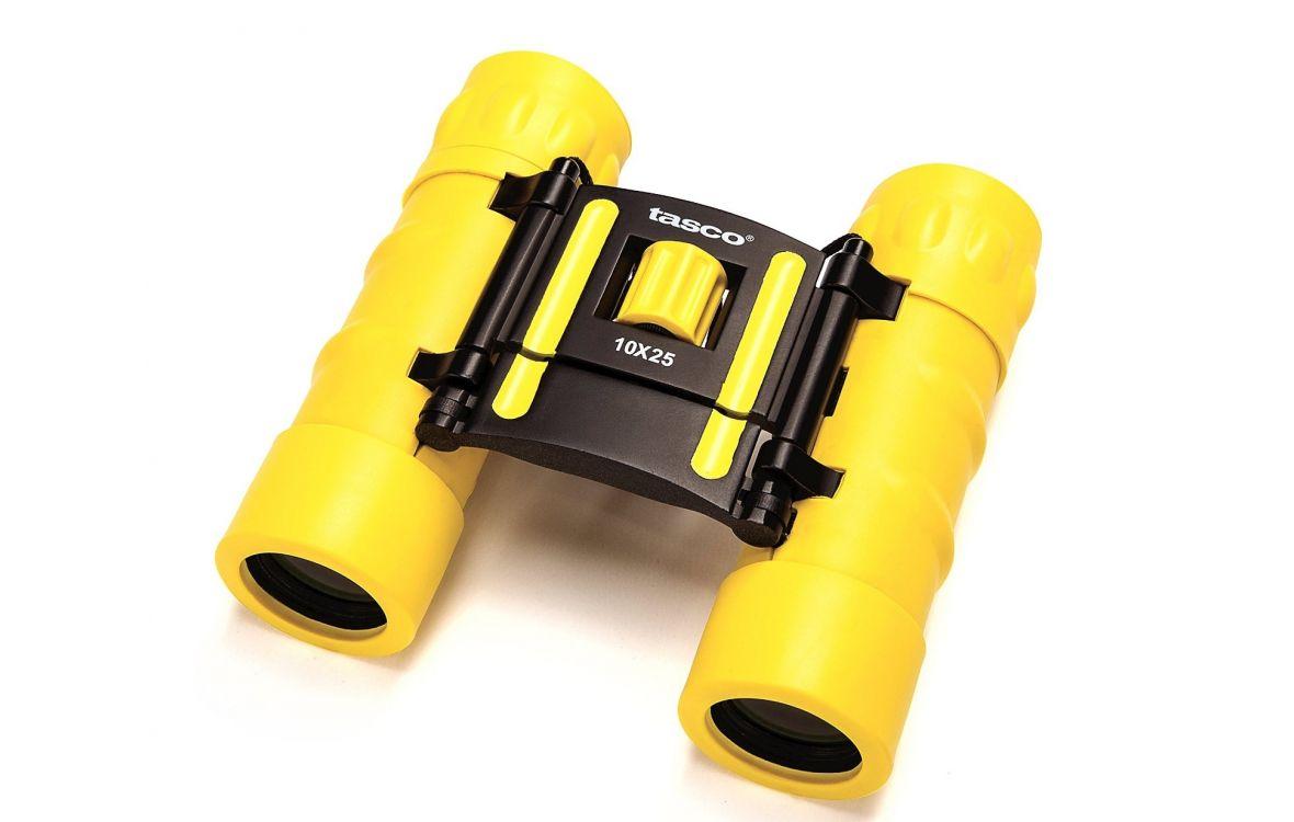 Фото - Бинокль TASCO 10X25 ESSENTIALS FRP COMPACT YELLOW (+ Автомобильные коврики для впитывания влаги в подарок!) бинокль tasco 10x25 essentials