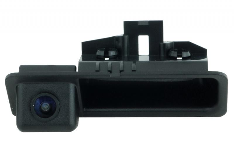 цена на Камера заднего вида Incar VDC-009 для BMW в ручку бакажника