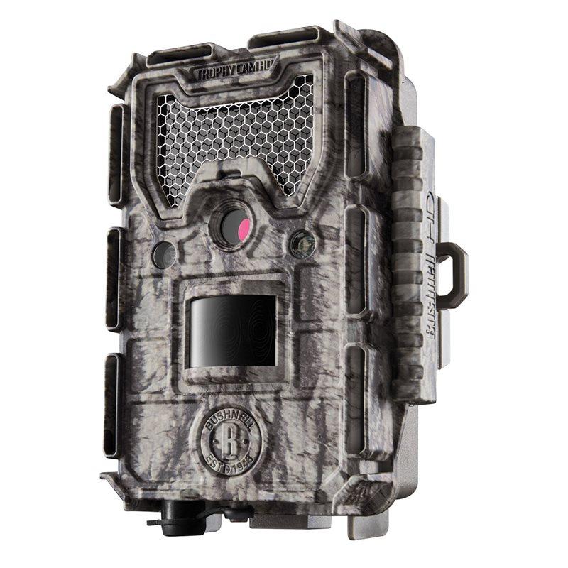 Фотоловушка Bushnell Trophy Cam HD Aggressor 24MP Low-Glow CamoФотоловушки<br>Обновленная автономная камера (фотоловушка) с датчиком движения Bushnell Trophy Cam HD Aggressor 24MP Low-Glow оснащена 24-мегапиксельную камеру со скоростью срабатывания затвора всего в 0.2 секунды. Работает при любой погоде (- 20 до + 60), возможна автономная работа до 1 года.<br>